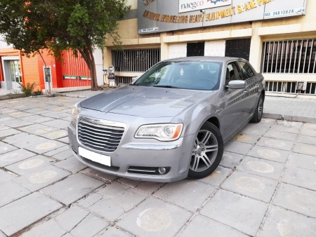 Chrysler 300m 2013